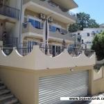 Apartmani Natalia Sutomore su veoma moderno opremljeni. Apartmani se nalaze na oko 350 metara od mora.