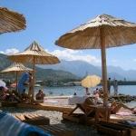 Apartmani Nena Tivat su smješteni u prelijepom Bokokotorskom zalivu, suncem okupanom Tivtu, na obali Donje Seljanovo.