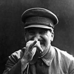 Otkriven spomenik Staljinu - Otkriven spomenik Staljinu