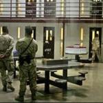 Više od polovine pritvorenika štrajkuje glađu - Broj zatvorenika u američkoj vojnoj bazi Gvantanamo na Kubi koji su započeli štrajk glađu povećao se na 92 osobe, saopštila je uprava zatvora