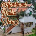 Apartmani  Dakić  se nalaze na Kaluđerskim barama u blizini odmaralista Stara Pazova, hotela Omorika i resstorana Jeremicak na Tari. Raspolažemo sa dva zasebna dvosobna apartmana sa centralnim grejanjem. Smestaj je kategorisan, ima 3*.