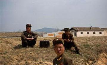 J. Koreja ponudila razgovore Severu - Južna Koreja je danas formalno ponudila razgovore Severnoj Koreji o nastavku rada zajedničke industrijske zone u Kaesongu